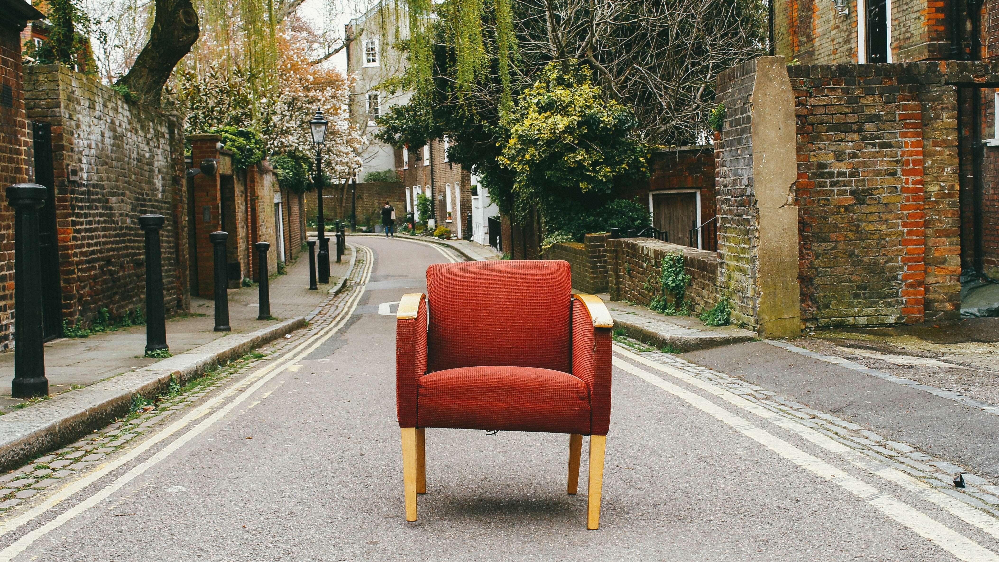 furniture porter delivery red