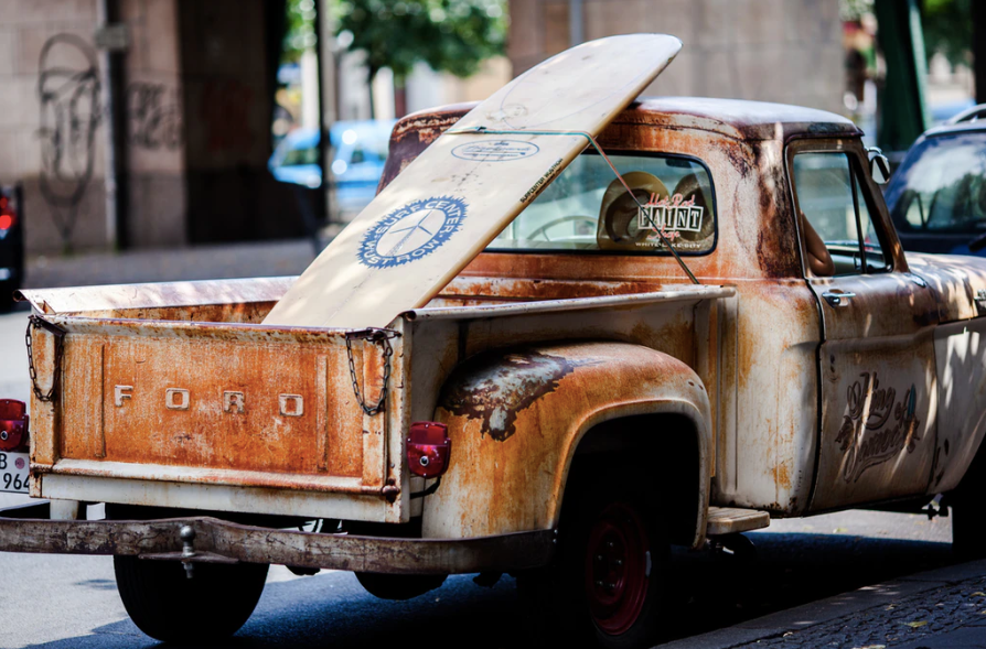 vintage brown and white Ford single-cab pickup truck parked on pavements photo – Free Car Image on Unsplash